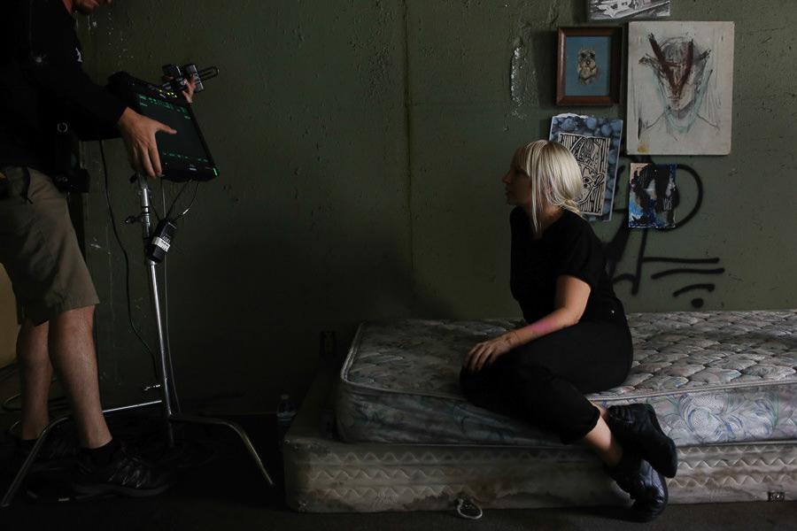 Sia_Chandelier_Maddie_Ziegler_Behind_the_Scenes_6846 ...  |Maddie Ziegler Chandelier Behind The Scenes