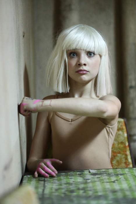 Maddie Ziegler in Sia's