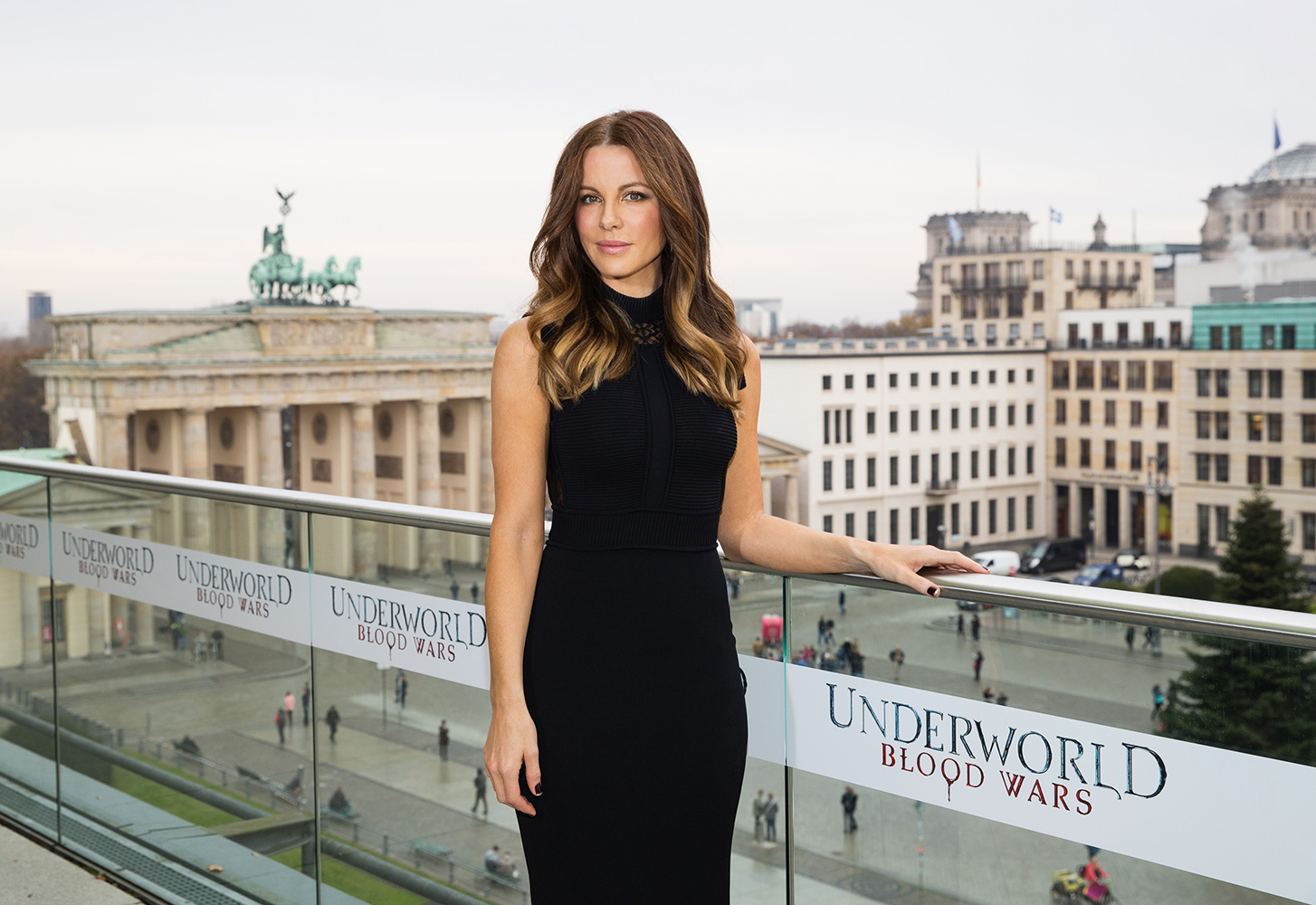 BERLIN, GERMANY - NOVEMBER 22:  Actress Kate Beckinsale attends the Berlin to photocall for 'Underworld: Blood Wars' wearing a dress by Elie Saab on the terrace at Akademie der Kuenste on November 22, 2016 in Berlin, Germany.  (Photo by Brian Dowling/Getty Images for Sony Pictures)
